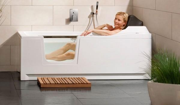 baignoire porte habitanova des baignoires design et ergonomiques. Black Bedroom Furniture Sets. Home Design Ideas