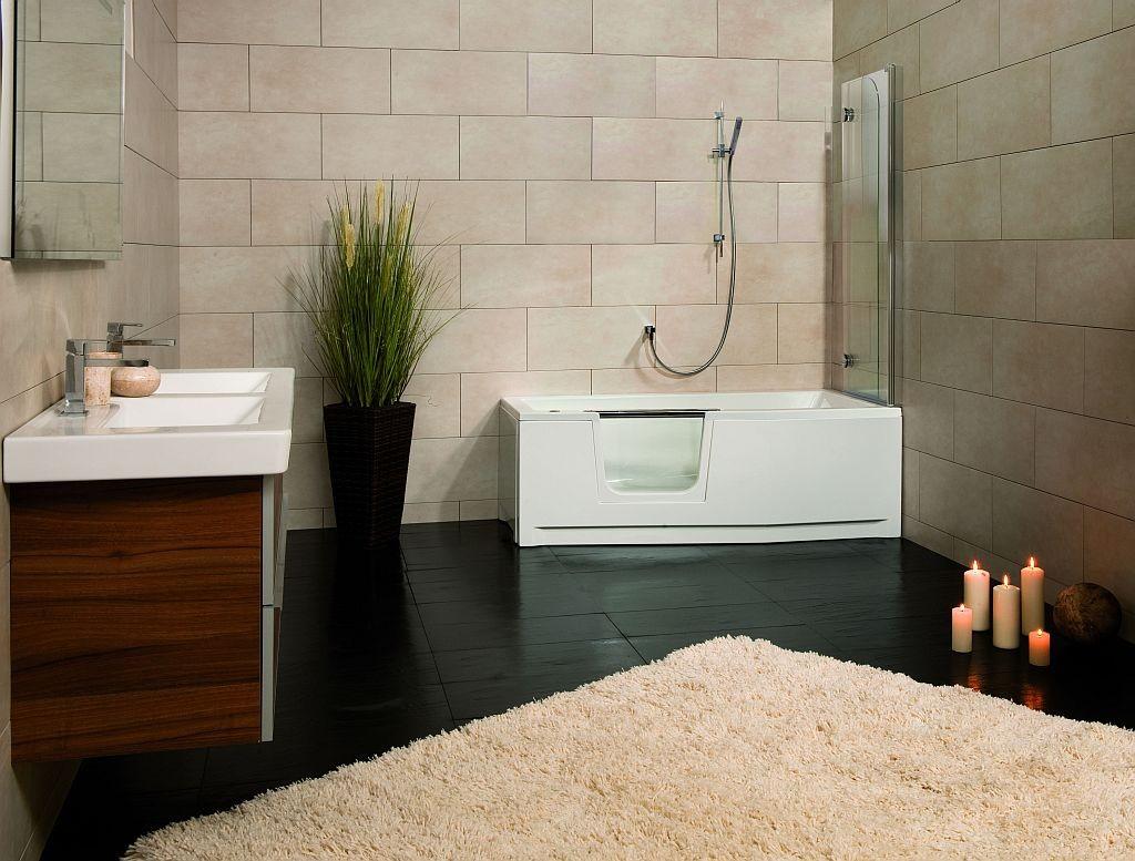 Combin baignoire douche saniku duo compact le plus for Combine de douche pour baignoire