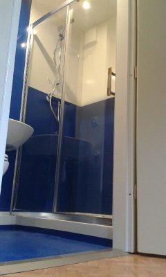 Bloc sanitaire WC Douche Lavabo