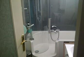 Après réorganisation de la salle de bains autour d'un combiné TWINLINE Classic