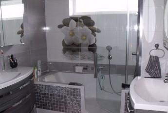 Réalisation d'un combiné-bain douche Twinline 2 chez un architecte